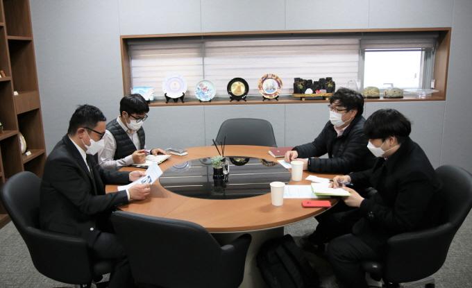 한국전지산업협회와 협력 방안 논의
